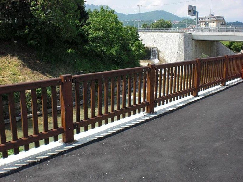 Barriere Arredo Urbano.Staccionate Recinzioni Parapetti Vendita E Posa